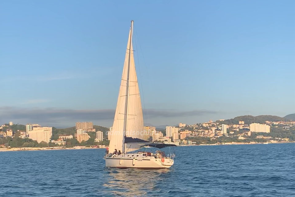 Экскурсия на яхте в Сочи